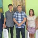 Награђени ђаци генерације основних школа у општини Жабаљ
