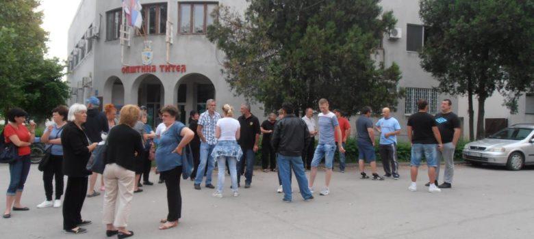 titel protest restrikcije vode