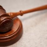 Тител: Без суда дуг пут до правде