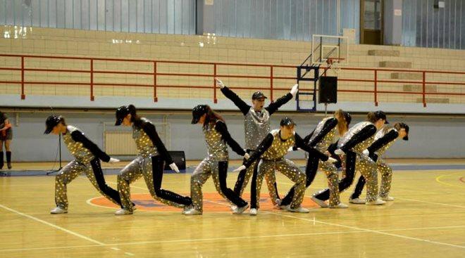 plesaci za mladena zabalj