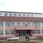 Ветар однео део крова школе у Шајкашу