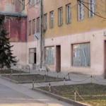 Чуружани без биоскопа, зграда пропада
