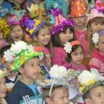 Новогодишњи пакетићи и деци у социјално угроженим породицама