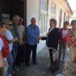 Посета Црвеном крсту Тител и породици Крстић