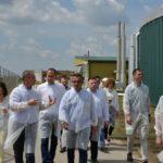 Радојевић и Недимовић обишли ново постројење за биогас на фарми Global Seed Чуруг
