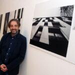 Лазар Кузманов архитекта и урбаниста представља своје радове у галерији библиотеке у Тителу